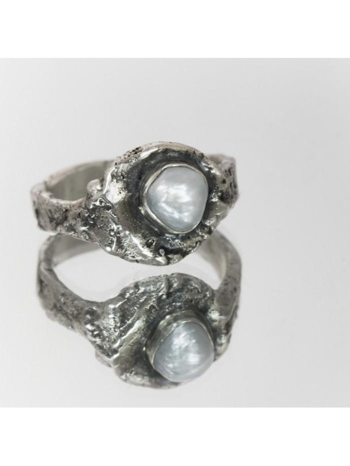 Inel unicat, din argint cu perla de cultura neregulata